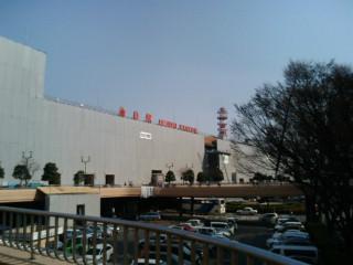 東日本大震災の後の仙台駅